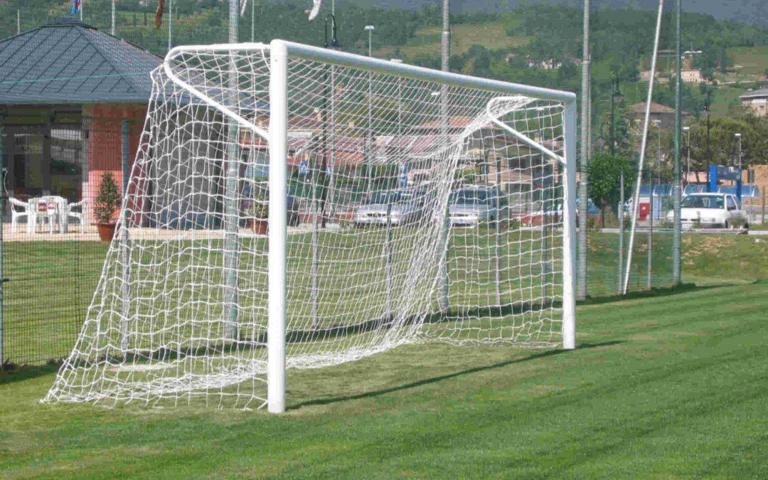Calcioscommesse: 3 punti di penalizzazione all'Avellino, 8 mesi a Izzo e Castaldo assolto