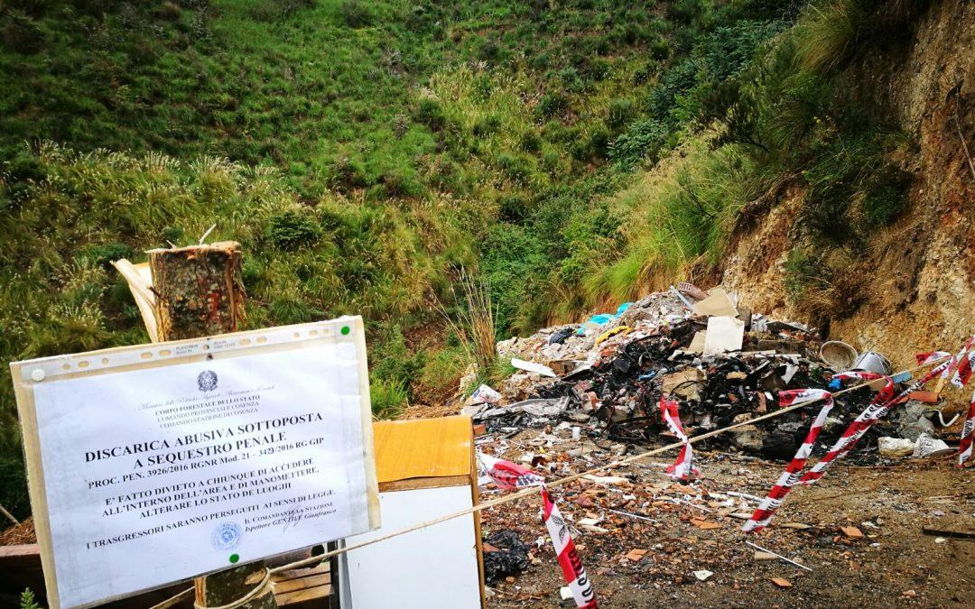 Sequestrata una discarica abusiva nel Vibonese: conteneva anche rifiuti speciali