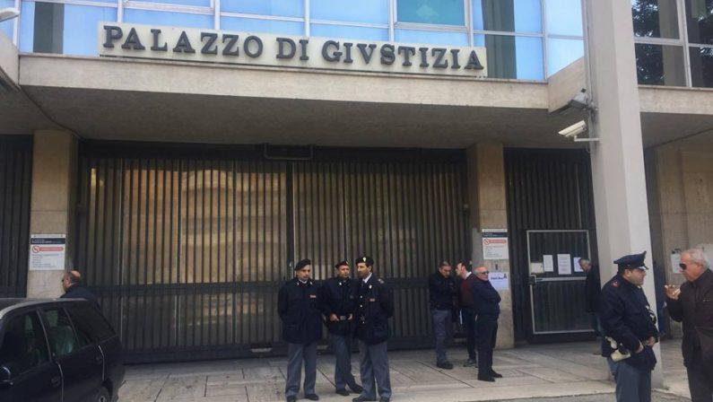 Violenza familiare su minore: arrestato 42enne irpino
