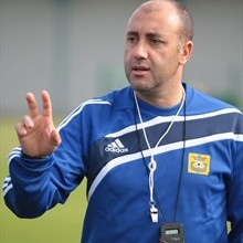 Lega Pro, quarto allenatore dall'inizio del campionatoIl Catanzaro presenta il calabrese Nunzio Zavettieri