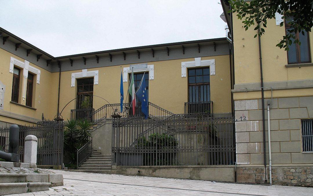 Il municipio di Laureana di Borrello