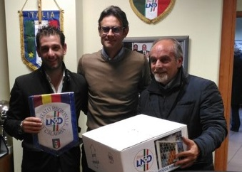 Danneggiato stadio nel Cosentino, la Figc Calabriaregala alla società nuove reti per le porte da calcio