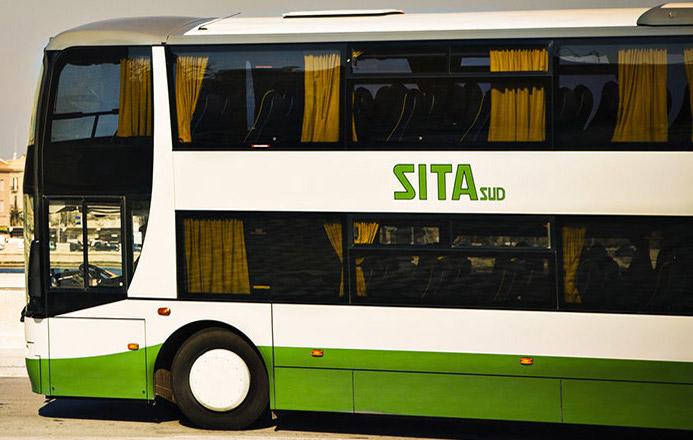 Pneumatici tagliati a 43 autobus, non c'è pace per il trasporto pubblico