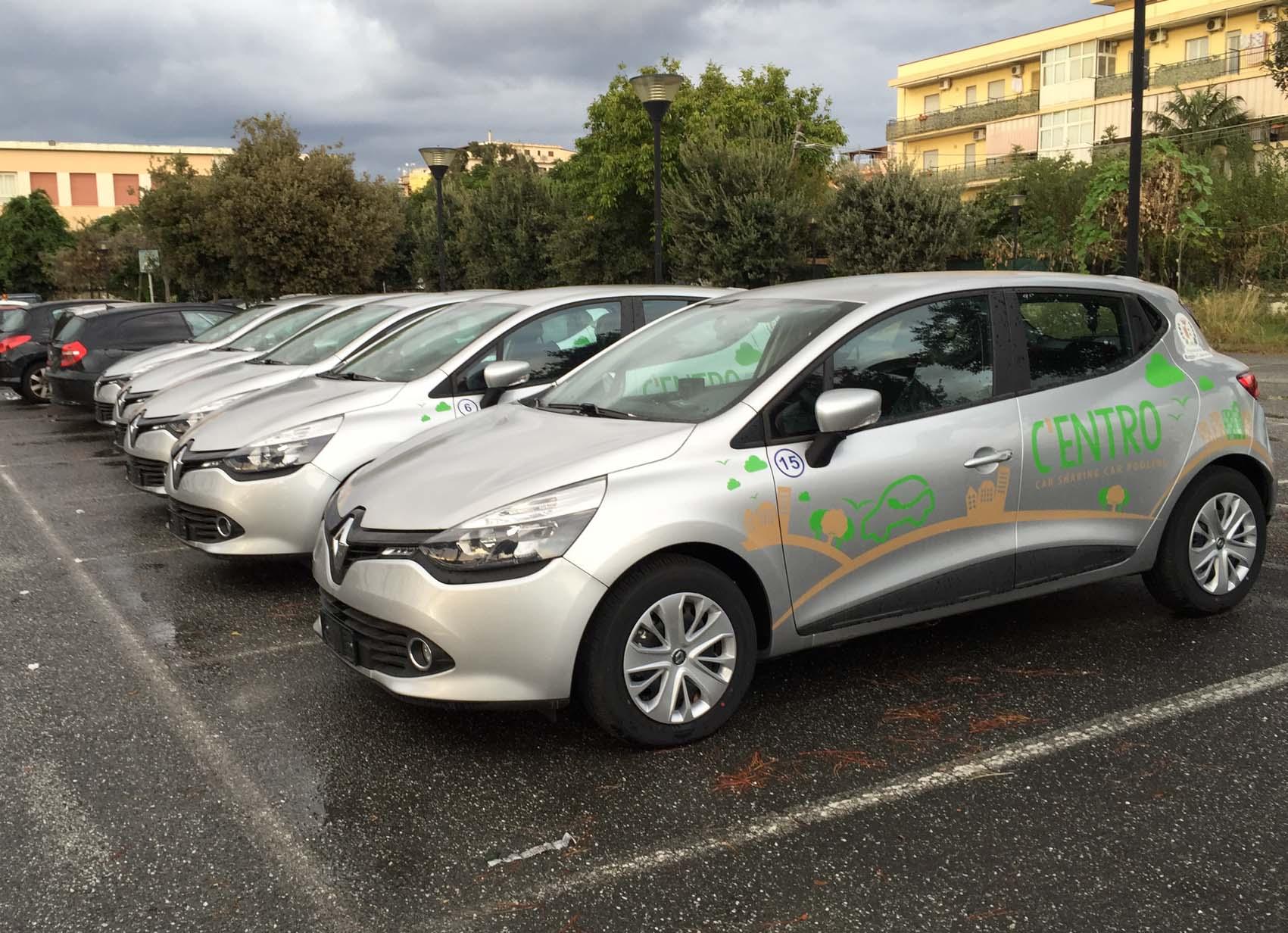 Automobili nuove per il car sharing mai utilizzate: lo scandalo all'aeroporto di Reggio Calabria