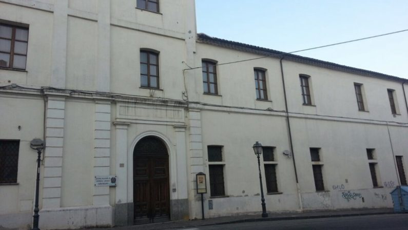 Giustizia, accordo per la nuova sede della ProcuraGli uffici di Catanzaro nell'ex ospedale militare
