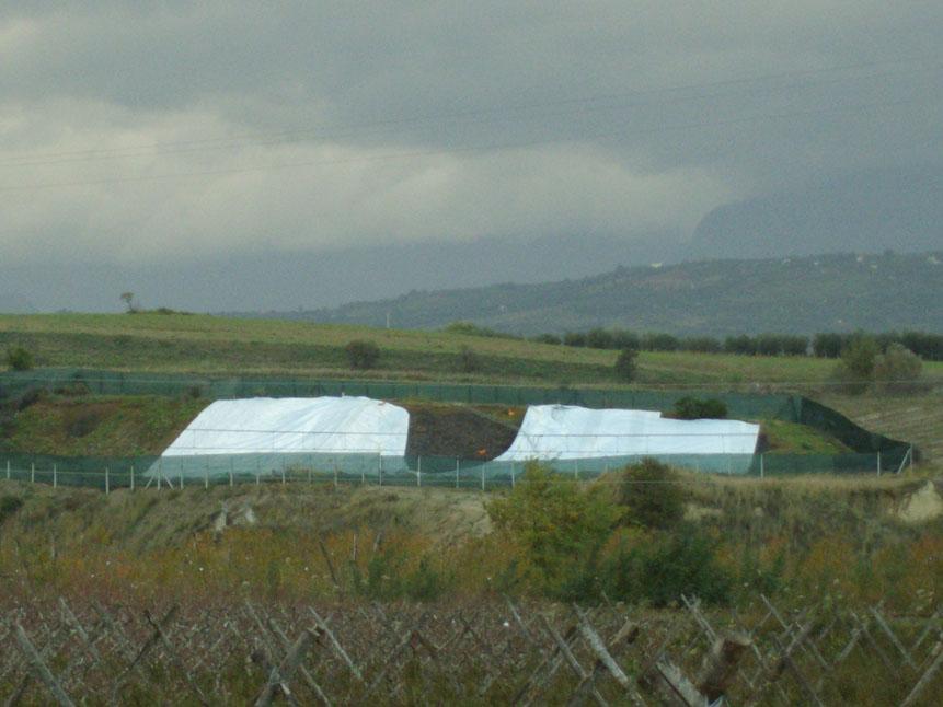 Rifiuti pericolosi da impianti di Crotone al CosentinoCompletata la bonifica dei siti di Cassano e Cerchiara