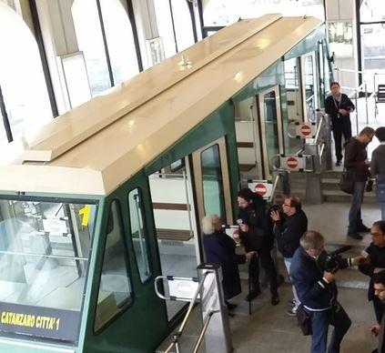 Trasporti, riapre la funicolare di CatanzaroCompletati i lavori di revisione generale dell'impianto