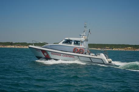 Bagnante in difficoltà soccorso nel ViboneseLa Guardia costiera allertata da un bagnino