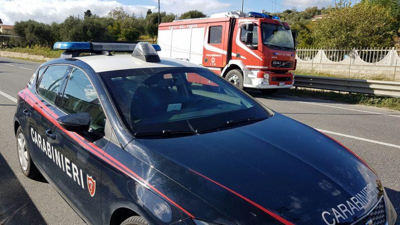 Incidente sul lavoro, imprenditore agricolo muore schiacciato dal trattore nel Cosentino