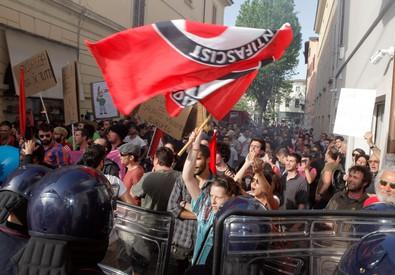 Referendum, centri sociali scendono in piazza a Napoli