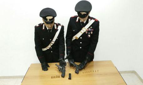 Caivano, trovate dai Carabinieri due pistole sotterrate