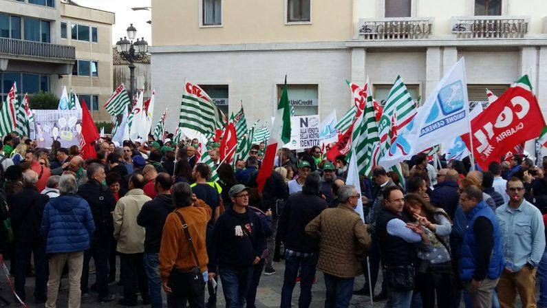 Poste Italiane in sciopero contro la privatizzazione: da tutta la Calabria in piazza a Catanzaro