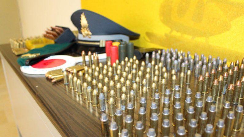 Un deposito di munizioni scoperto a LameziaSequestrate centinaia di cartucce di vario calibro