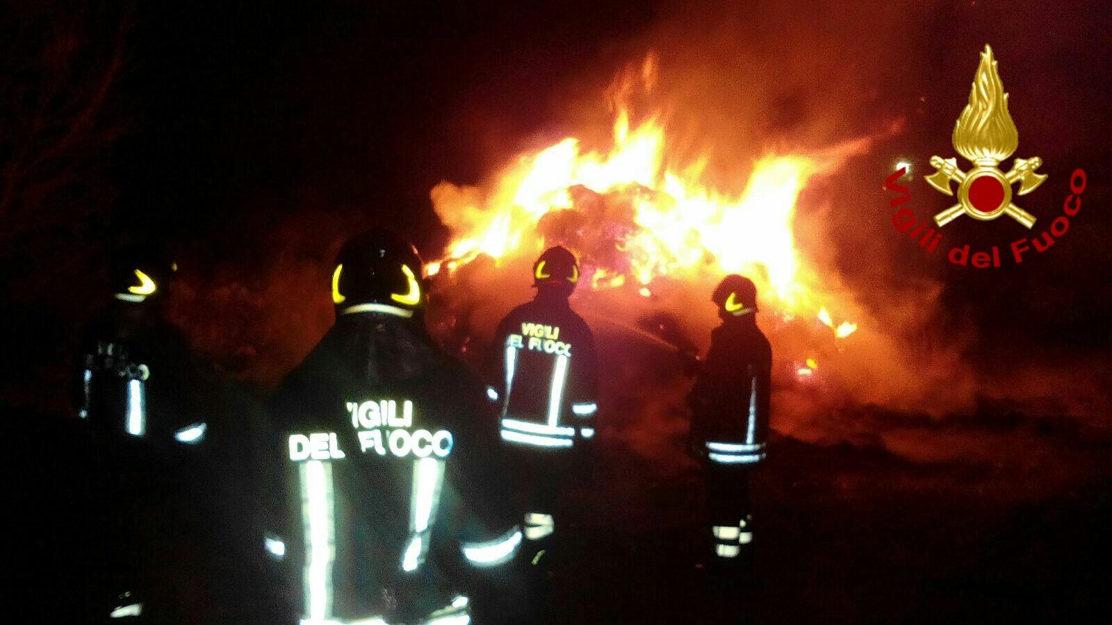 Emergenza incendi, Basilicata senza mezzi aerei nel periodo di «massima pericolosità»