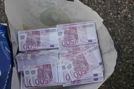 Banconote false in Ue, scattano gli arresti
