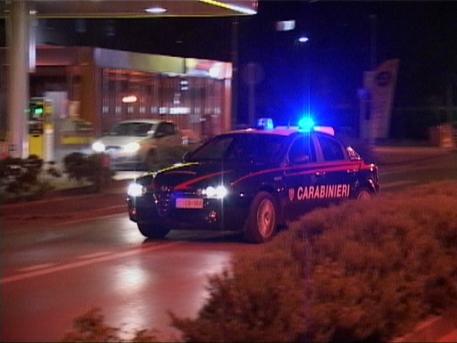 Bisaccia, Carabinieri recuperano auto rubata al termine di un inseguimento