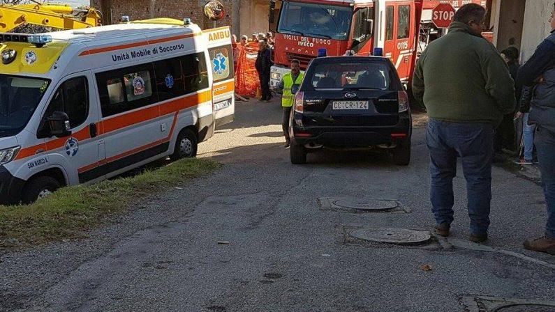 Travolto dalla terra sulla quale stava lavorando, muore un operaio in provincia di Cosenza