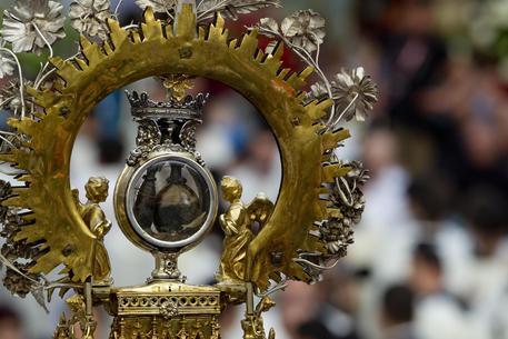 Napoli, il miracolo di San Gennaro non è avvenuto