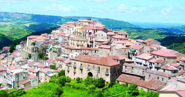 Coronavirus in Calabria, un morto a Monterosso nel Vibonese