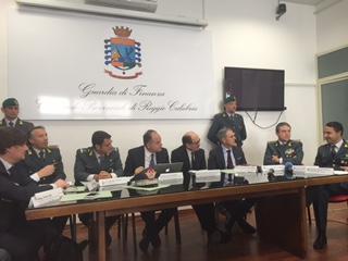 'Ndrangheta, sgominato un cartello che acquisiva appalti e commesse pubbliche in Calabria e in altre zone del Paese
