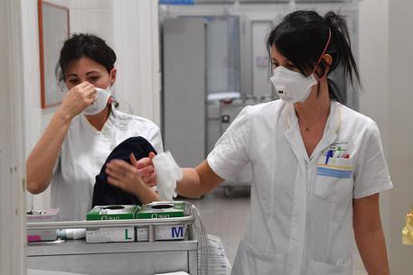 Meningite, altra morte: donna 68 si spegne nel salernitano