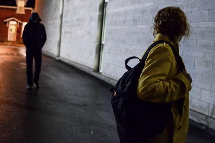 Pedinavae minacciavauna donna incinta Condannato per stalking