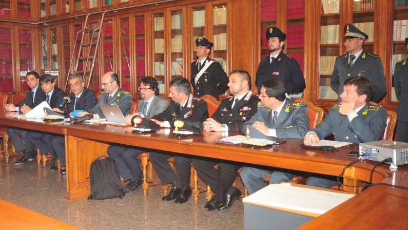 """'Ndrangheta a Vibo Valentia, """"Costa Pulita"""", inchiesta chiusa. Notificati 83 provvedimenti di avviso conclusione indagine. Tra loro nomi eccellenti"""