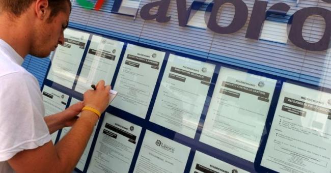 Disoccupazione, Calabria la peggiore d'EuropaQuasi il 60% dei giovani non ha un lavoro