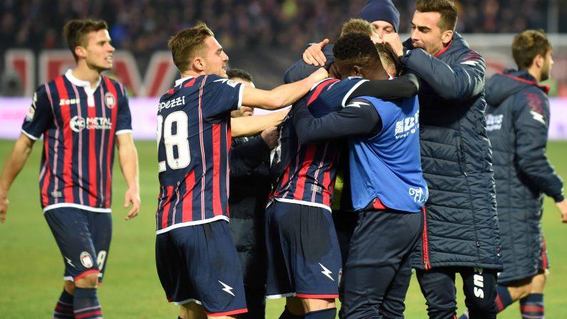 Serie A, Falcinelli scatenato. Il Crotone travolge l'Empoli