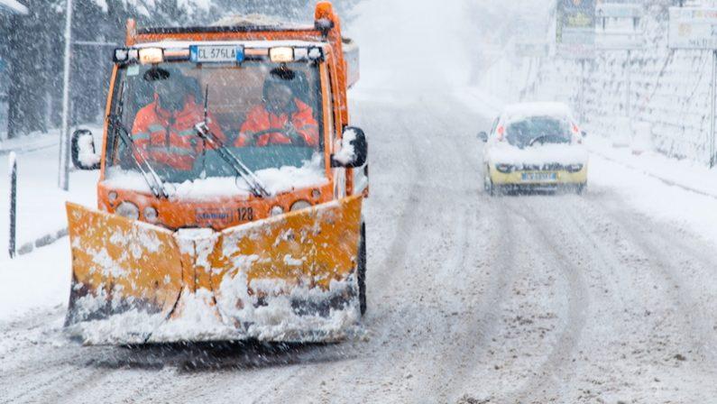 Ancora maltempo in Calabria: in arrivo neve, mareggiate e venti di burrasca