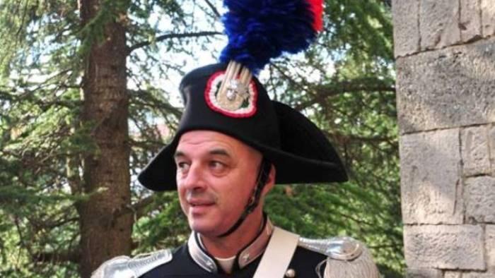 Greci, morto brigadiere mentre festeggiava il compleanno