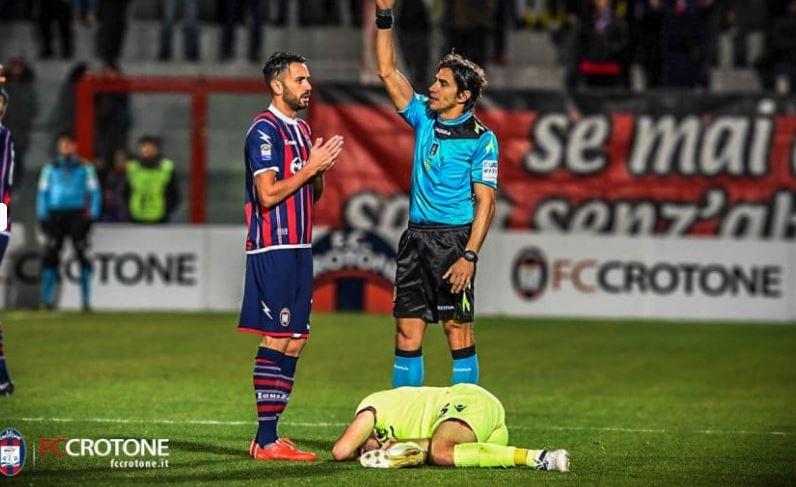 Vrenna jr: «Contestare il Crotone va bene, insultare no» La partita col Bologna