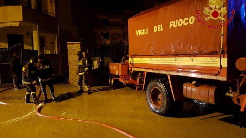 Maltempo: esonda Sarno a Pompei, soccorsi automobilisti
