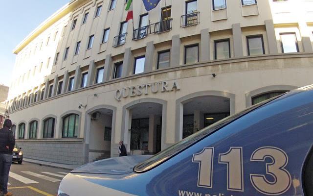 Scipparono un anziano facendolo cadere a terraArrestati un ventunenne e un minore a Reggio