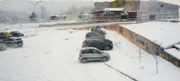 Maltempo, dopo le intense  nevicate di ieri, oggi giornata di tregua