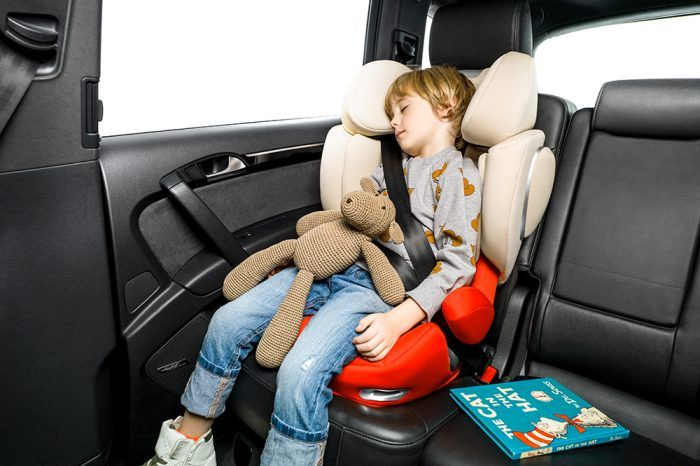 Bambini in auto senza seggiolino, raffica di multeIn un caso il neonato trovato anche nel portabagagli