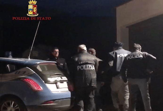 Ricostruita la guerra di mafia a Lamezia, 14 arresti  Accordo tra i clan rivali per spartirsi le estorsioni