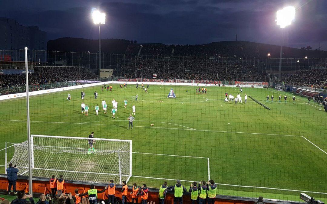 Calcio Serie A, nel recupero la Juve espugna lo Scida  Il Crotone resiste un tempo ma capitola nella ripresa