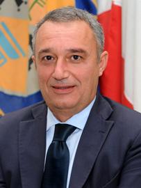 FOTO - Comitato d'affari per gestire fondi europeiIn manette politici e dirigenti regionali legati ai Mancuso