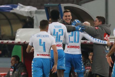 Il Napoli batte 2-0 il Genoa