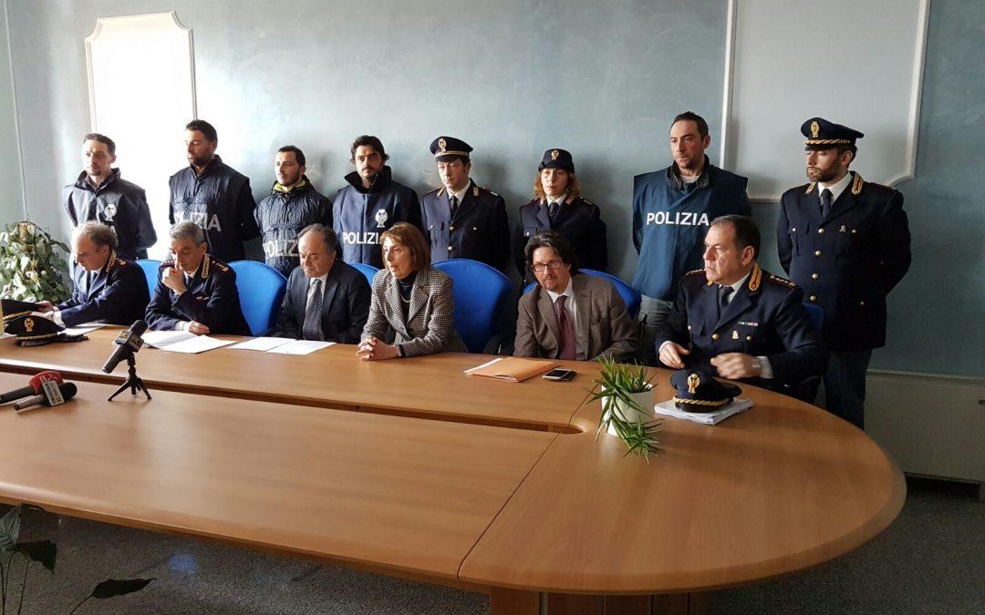 Estorsioni e intimidazioni: arrestati a Lamezia Terme dodici elementi ritenuti vicini al clan Giampà