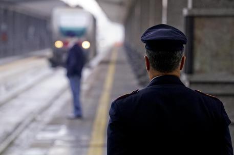 Furto cavi di rame, stop ai treni con il casertano