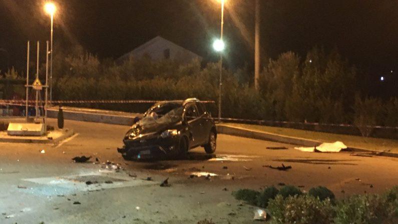 Auto travolge e trascina un giovane in biciclettaNel Cosentino morto sul colpo un ragazzo di 19 anni