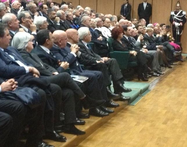 Mattarella all'Unical, il Ministro premia l'AteneoStudenti e personale:«C'è dramma del lavoro»