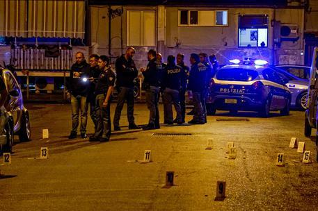 Sparatoria a Rione Sanità: ferito 25enne