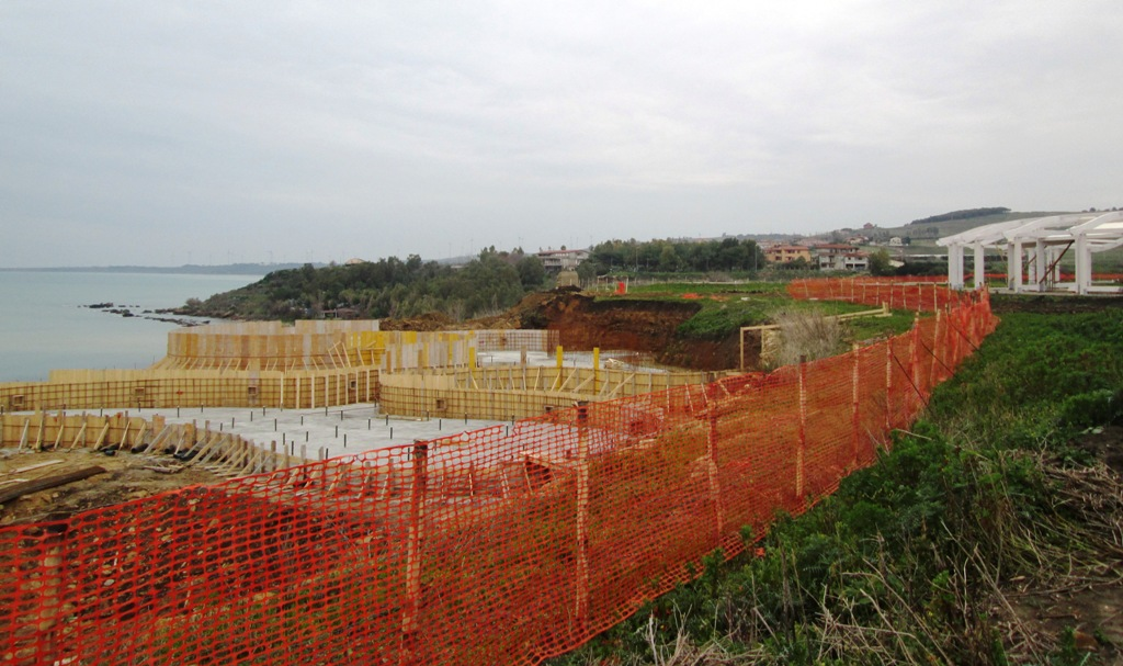 Sequestrata l'area archeologica di Punta Scifo a CrotoneL'annuncio del senatore dei Cinquestelle Nicola Morra