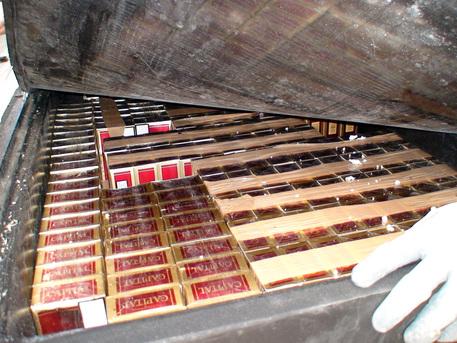 A Napoli sequestrati 170kg di sigarette