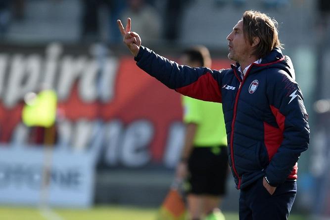 Serie A, a Crotone di scena il Milan di MontellaNicola ci crede:«Non è impossibile». Biglietti disponibili