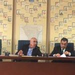 Giannino Romaniello (a sinistra) durante i lavori della 2ª Commissione_0.jpg