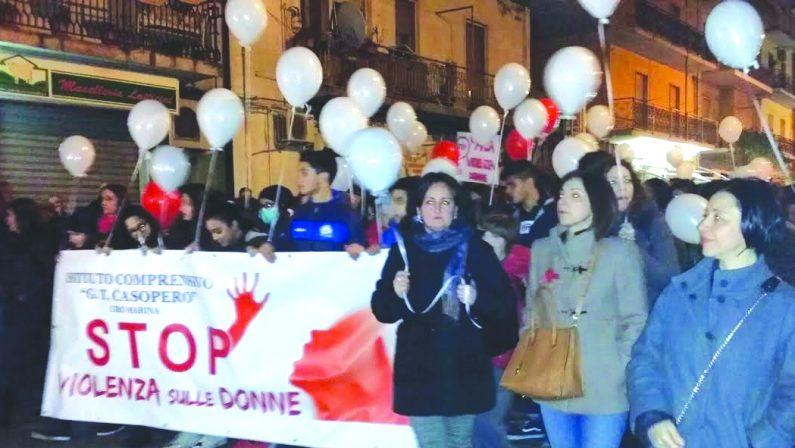 In migliaia in strada nel ricordo di Antonella LettieriLa famiglia scrive una lettera per ringraziare tutti